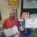 Papà Leo, il piccolo Gianluca e la pizza alla castagna sul podio di Segni