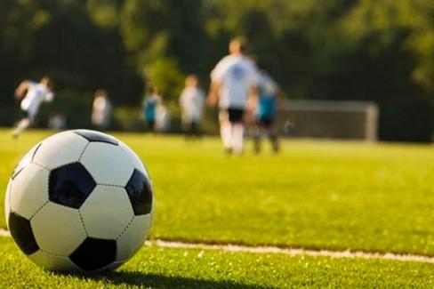 Malore 13enne morto sul campo di calcio