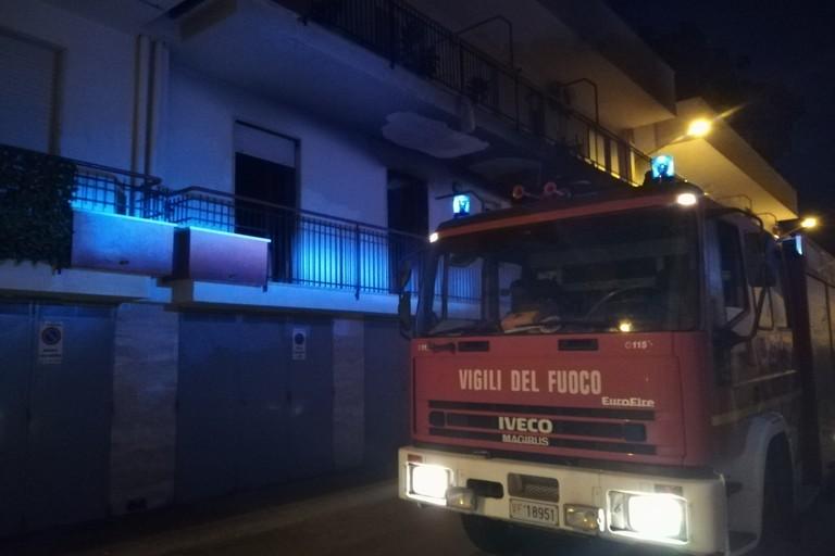 Incendio. <span>Foto Giuseppe Capacchione</span>