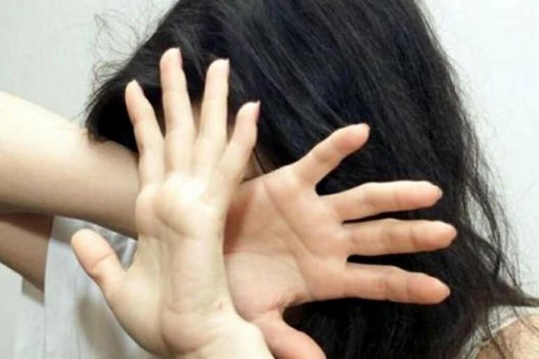 Botte e violenze alla ex, guai per un 50enne di Trinitapoli