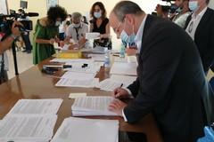Asl Bt, stabilizzati i primi 74 precari con contratti a tempo indeterminato