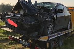 Incidente stradale fra auto e trattore