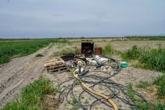 Impianto di irrigazione distrutto dalle fiamme