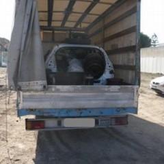 Tre arresti per riciclaggio di auto