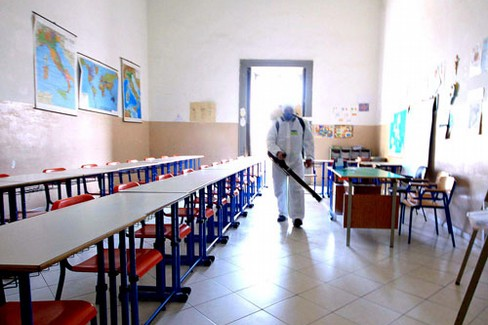 disinfestazione scuola